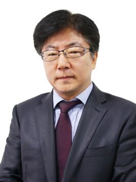 홍윤식 증명사진
